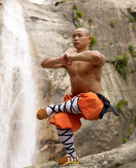 shaolin-monks-impressive-physique