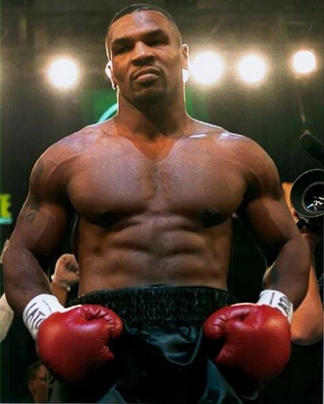Mike Tyson-Stills