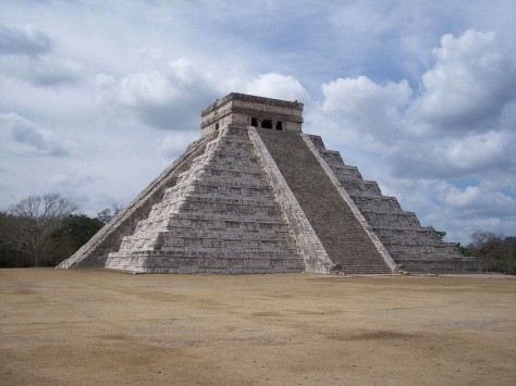 The Pyramid at Chichén Itzá (before 800 A.D.) Yucatan Peninsula, Mexico
