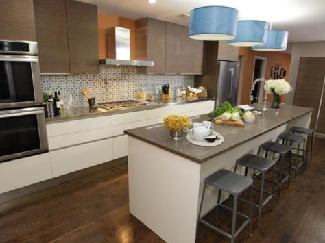 Contemporary-Earth-Tones-in-Wide-Kitchen